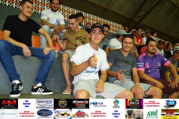 Fotos da rodada de terça feira (19) do Interbairros de Futsal de Barracão/PR