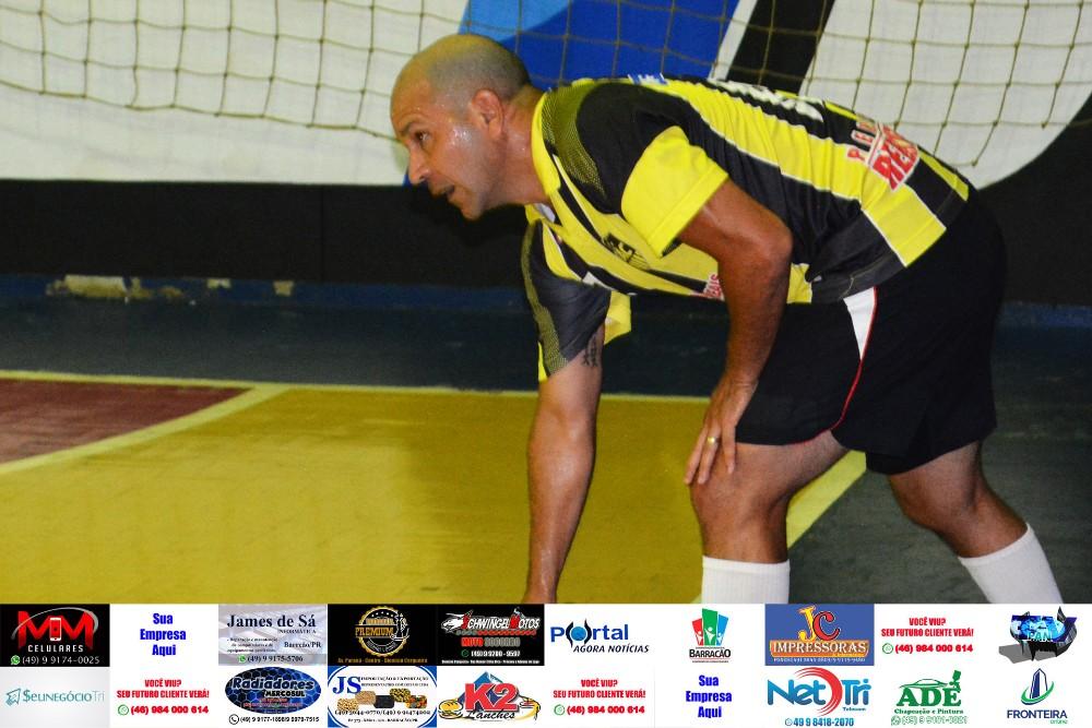 Fotos da rodada do Interbairros de Futsal de Barracão da última quinta feira (04)
