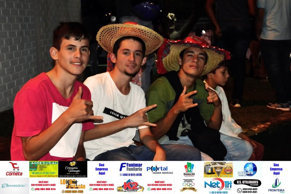 Fotos de sábado (08) do São João da Fronteira em Barracão