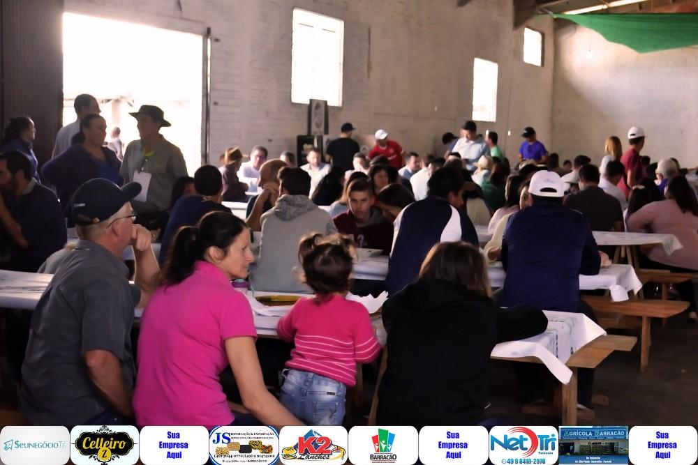 Barracão - Fotos do 3º Seminário Leiteiro, Boi no Rolete e Primeira Feira da Orquídea