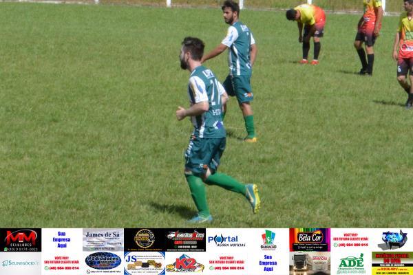 Confira as fotos de Palmeiras Peperi Super Cometa x Vargas Me Gusta Open Bar pelo Cerqueirense B