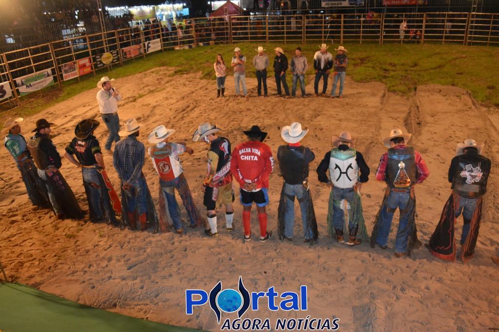 Barracão – Começou; Organizadores da 2ª Festa de Peão Boiadeiro avaliam início como bom