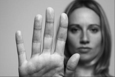 Dionísio Cerqueira - Mulheres se desentendem e acabam se agredindo
