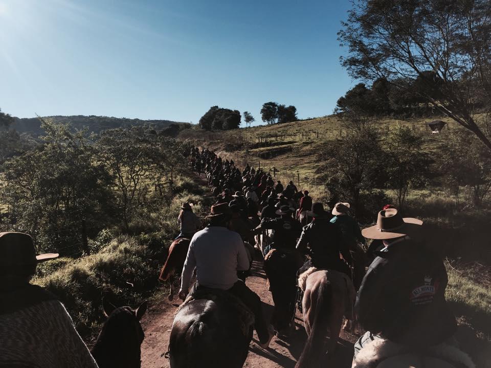 Sucesso resume a 10ª Cavalgada de Santa Emilia segundo a organização, administração e participantes