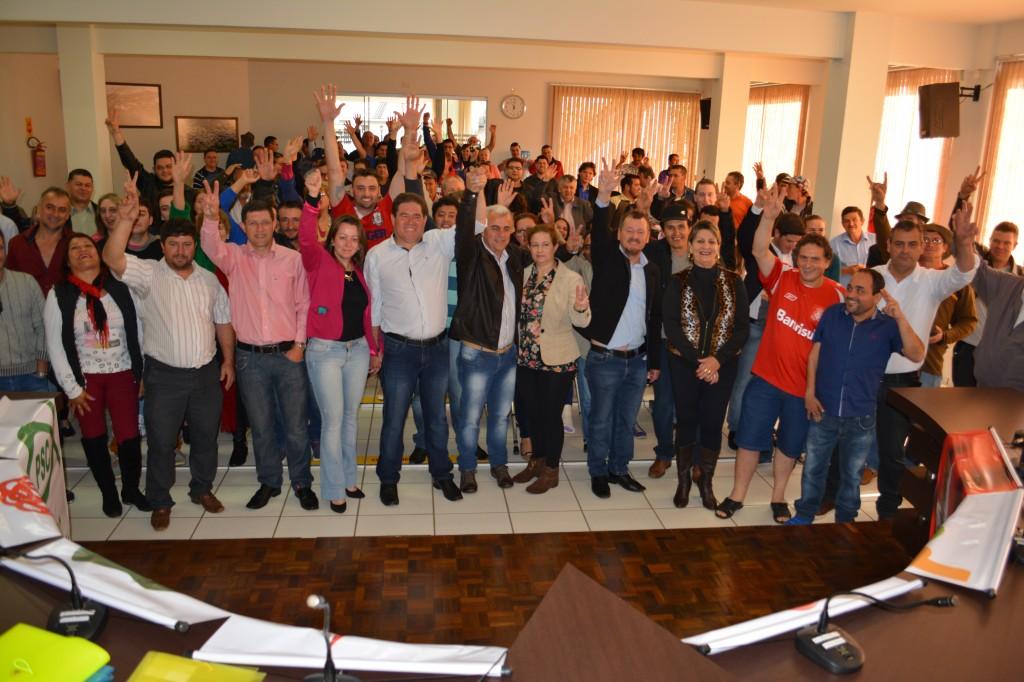 Barracão – Marco Zandoná (PMDB) e Faé (PP) são candidatos a prefeito e vice junto com mais 22 pré-candidatos a vereador