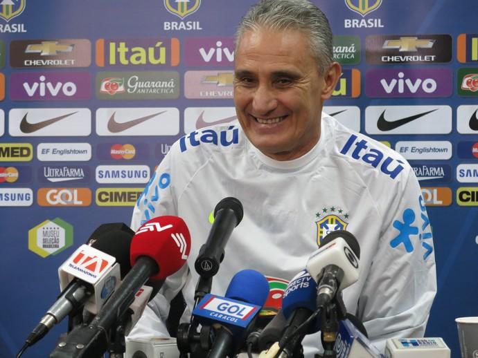 Tite anuncia Seleção titular com Paulinho, Marquinhos e Gabriel Jesus