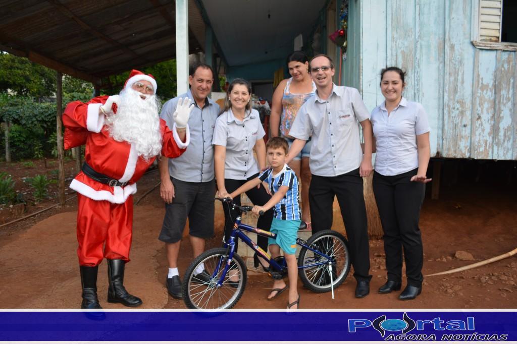 Bom Jesus do Sul - Projeto Papai Noel em sua casa realiza sonho de crianças
