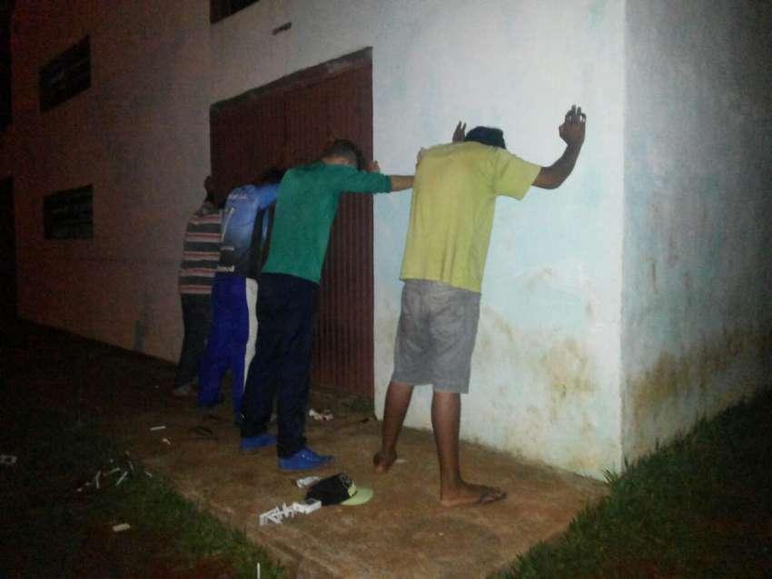 Dionisio Cerqueira  - Policia prende homens que possivelmente estariam planejando um furto