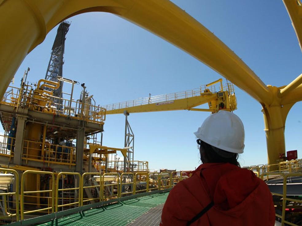 Petrobras conclui venda de refinaria no Japão por US$ 165 milhões