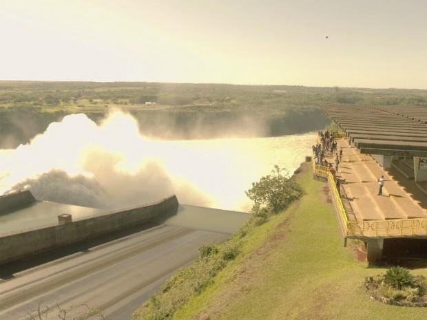 Itaipu quebra recorde mundial de produção de energia em 2016