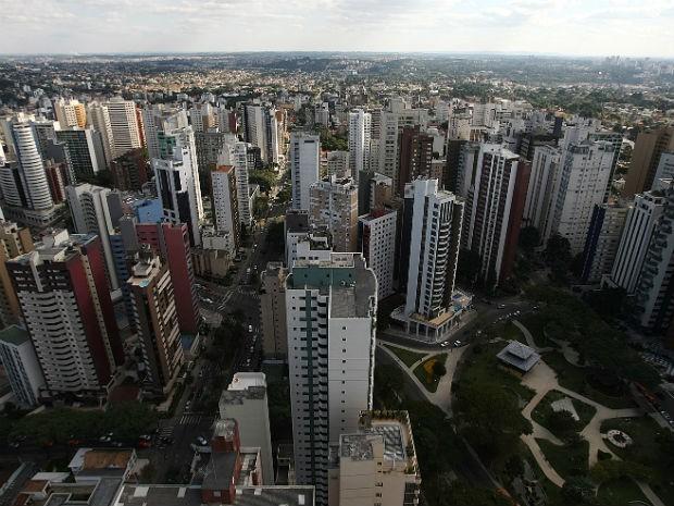 Carnês do IPTU de 2017 começam a ser distribuídos em Curitiba
