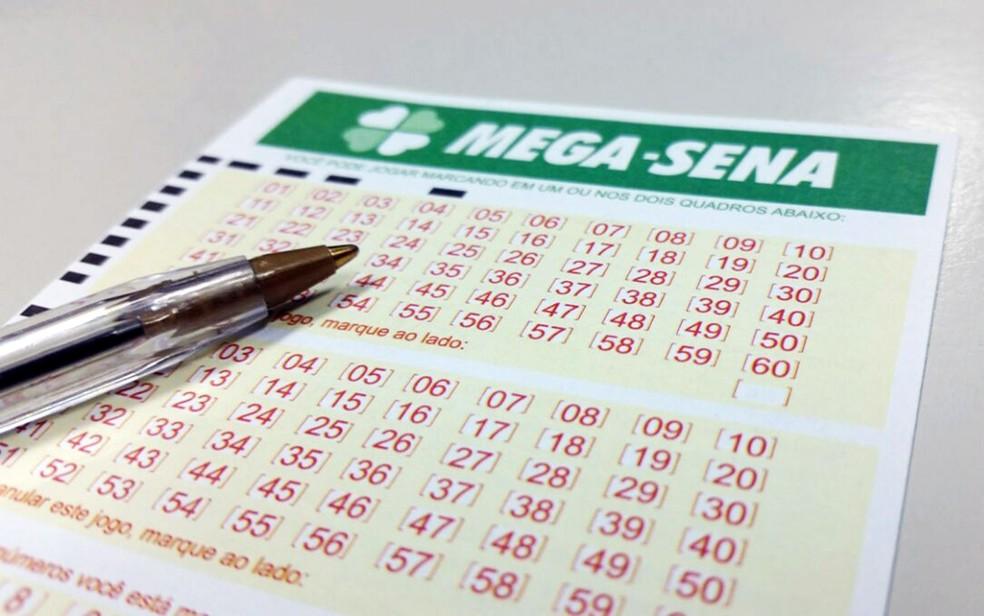 Mega-Sena pode pagar R$ 4,5 milhões neste sábado