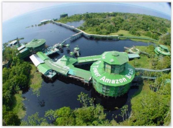 Hotel abandonado no meio da floresta amazônica ainda chama muita atenção