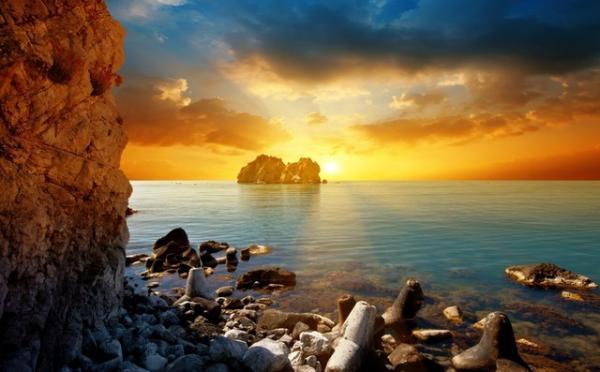 Deus não está distante e alheio à nossa vida: ele sabe o que passamos e ouve nosso clamor!