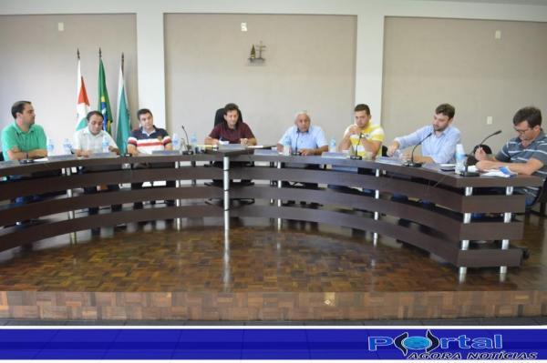 Barracão – Vereadores de situação e oposição divergem ideias porém mostram união quando o assunto visa a população