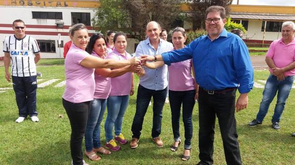 Barracão – Prefeito Marco Zandoná repassa a chave do novo veículo do Conselho Tutelar