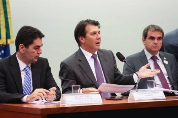 Governo e relator trabalham para fechar reforma da Previdência
