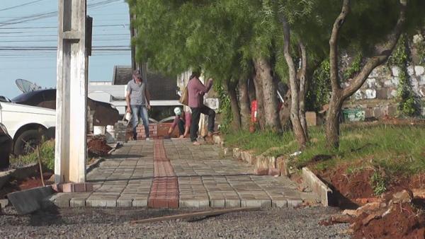 """Barracão – Revitalização da """"rua do ginásio"""" está em fase conclusiva"""