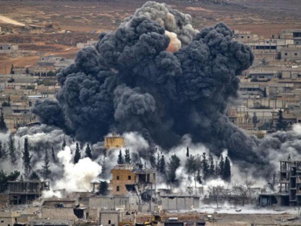 Novos ataques na Síria deixam dezenas de mortos