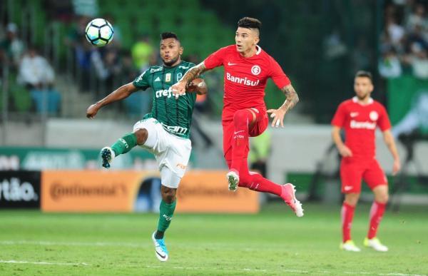 Palmeiras vence o Internacional na arena e abre vantagem nas oitavas