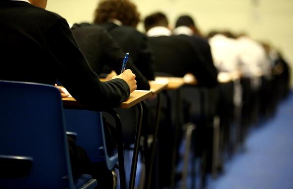 Edital de processo seletivo para professores é divulgado no Paraná