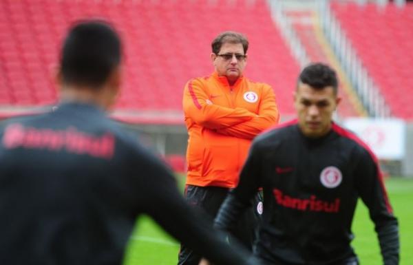 Além do descanso: Guto testa opções no Inter com time misto por resgate contra Figueira