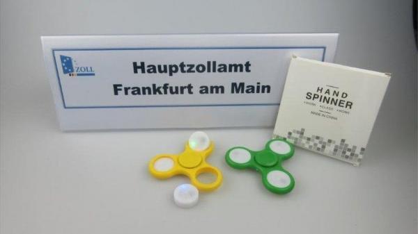 Perigosos? Por que a Alemanha confiscou 35 toneladas de spinners, o brinquedo da moda