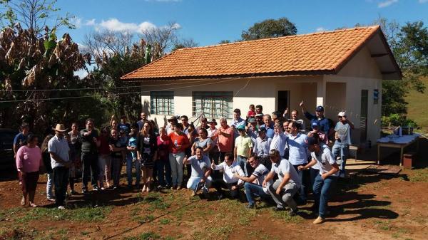 Barracão – Agricultores são beneficiados com a casa própria