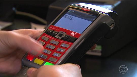 Taxa do cartão de credito sobe segundo mês seguido