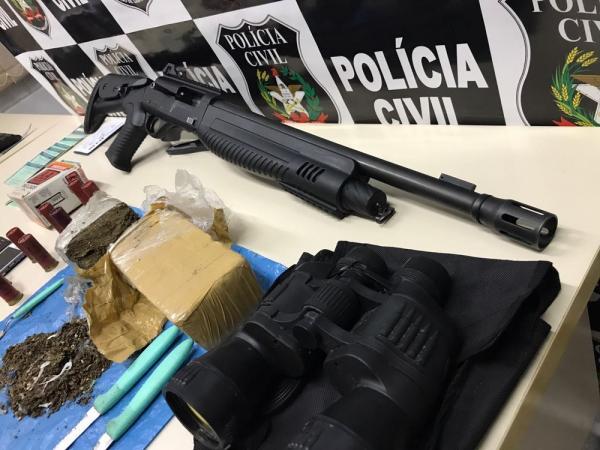 Arma semi automática de origem Russa é encontrada em SC