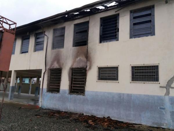 Joinvile -  incêndio em escola pode ter sido criminoso