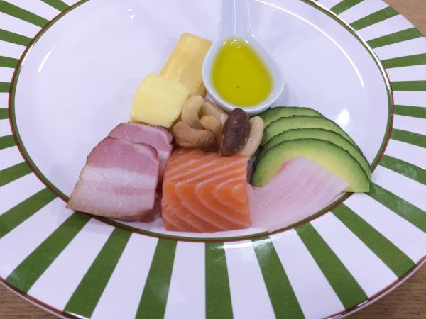 Estudos dizem para consumir mais gorduras e menos frutas e legumes