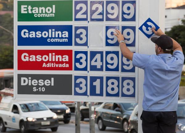 Alta na gasolina parece não ter fim