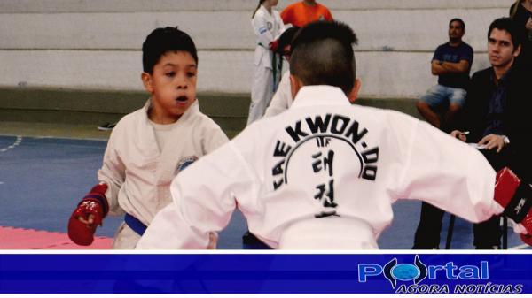 SAS – Tae-kwon-do da exemplo de disciplina e coordenação motora