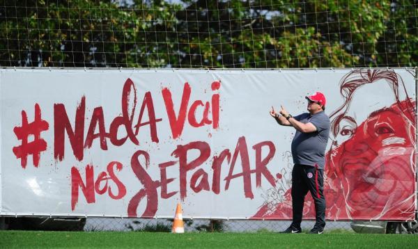 Guto Ferreira mira Inter absoluto na Série B