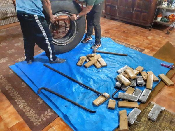 Polícia do Rio Grande desarticula quadrilha que transportava drogas em pneus