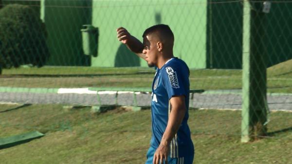 Carleto comemora chance como titular no Coritiba