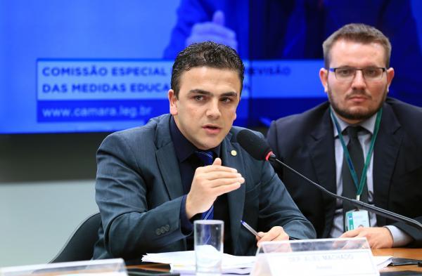 Deputado Aliel Machado irá coordenar frente parlamentar pela redução de homicídios
