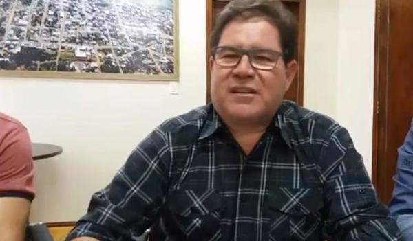 Barracão – Vereador de oposição pede vista e 13º, pagamentos a fornecedores podem atrasar