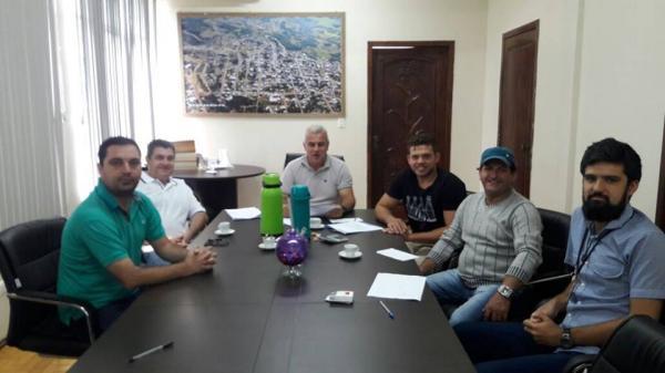 Novos recursos para a Educação e Agricultura de Barracão