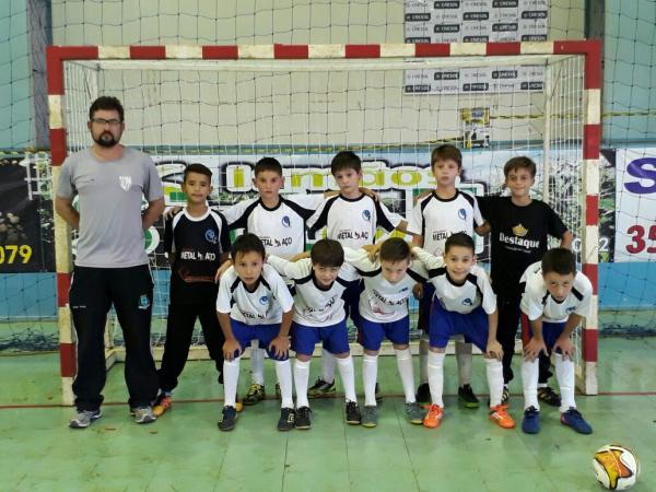 SAS – Escolinha de Futebol de Salão reinicia treinos nesta semana