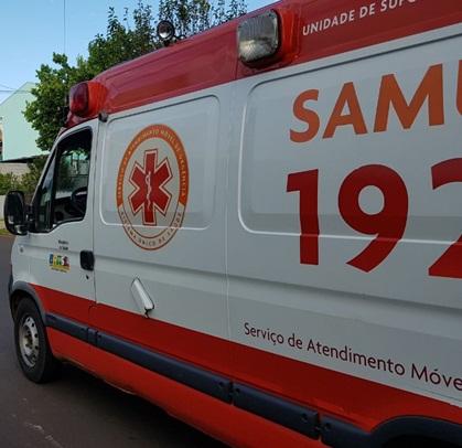 Jovem fica ferido após colisão entre bicicleta e carro