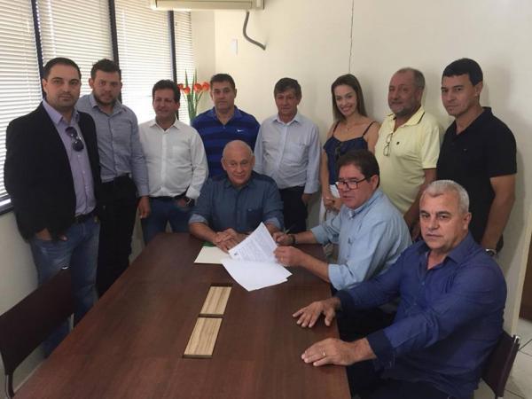 """Barracão – """"Oposição"""" anuncia 1 milhão em recursos para o município"""