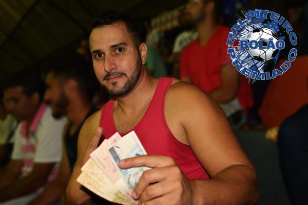Paulo Silva recebeu o valor do primeiro bolão Palpiteiro Premiado e já arriscou novo palpite