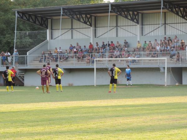 Pênalti duvidoso tira 100% de Santo Antonio do Sudoeste no Grupo E da Copa Sudoeste