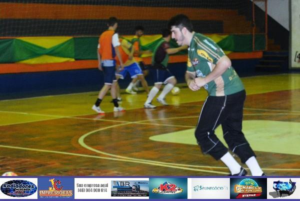 Barracão inicia pré-temporada para Copa Sudoeste de Futsal