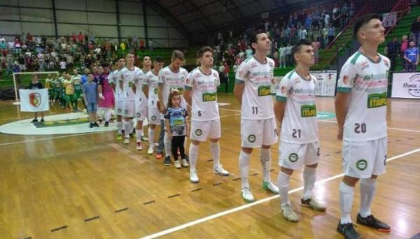 Pinhalense é o Campeão do Turno da Liga Catarinense de Futsal