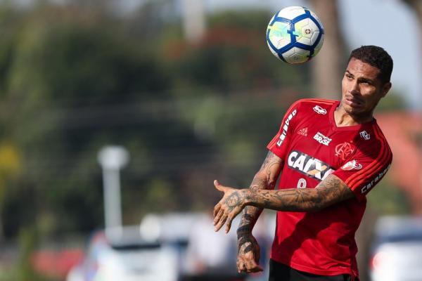 Inter negocia com Paolo Guerrero e pode ter ajuda de investidor