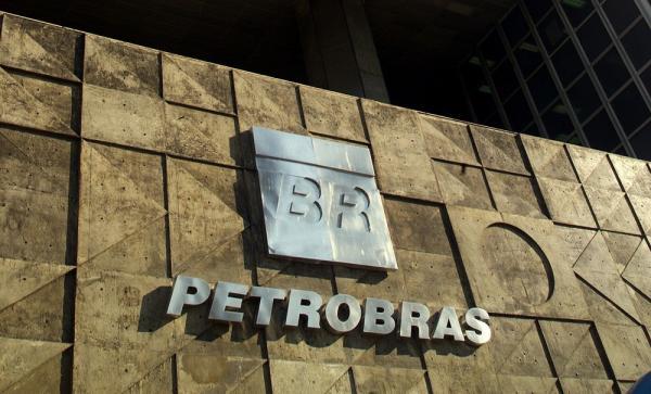 Petrobras recebe mais de 1 bilhão recuperado pela Operação Lava Jato