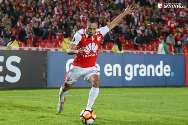 Anderson Plata acerta transferência e aguarda por estreia no Atlético-PR